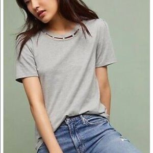 💎💎💎ANTHROPOLOGIE PEARL NECK GRAY T-SHIRT